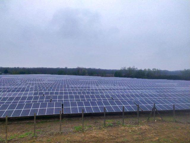 Parque solar fotovoltaico francia